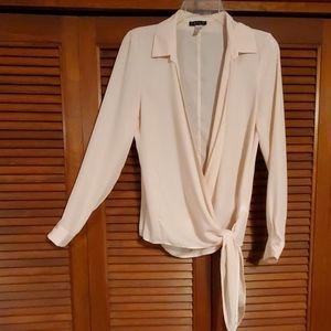 VENUS wrapper blouse